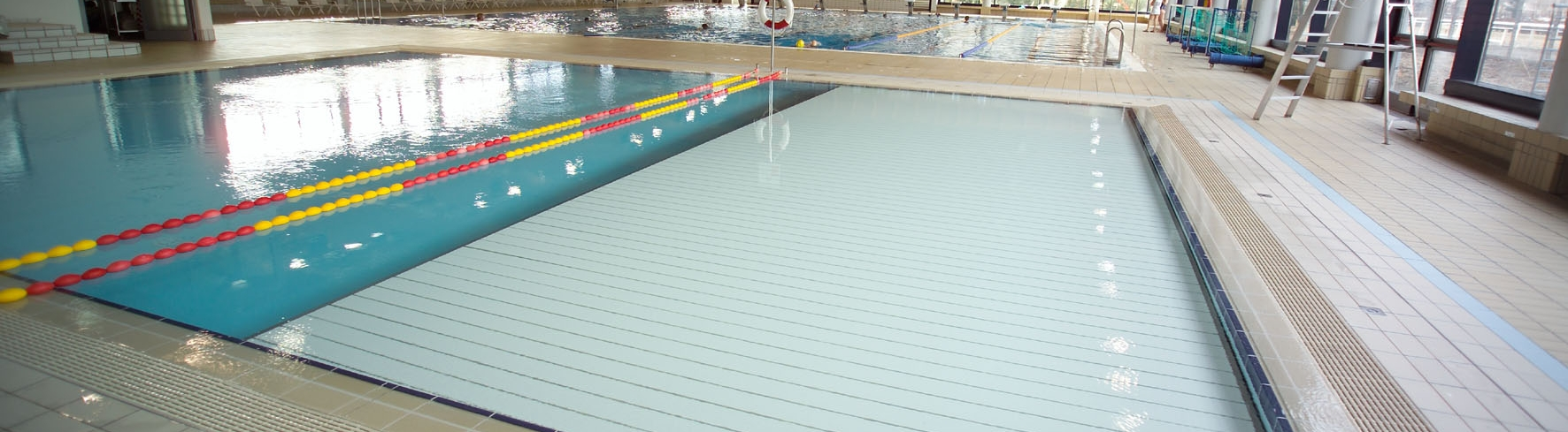 Movable floors commercial aquatics for Movable swimming pool floor australia